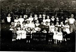 Athhboy Infants, September 1919. Courtesy of David Gilroy.