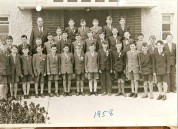 Back Row: Thomas Keenan (Teacher), ? Kelly, Michael Farrell, Tossy Cahill, Jimmy Maguire, Patsy Walsh. Second Row: Martin Doherty, Jimmy Keogh, Patsy Geraghty, Seamus Farnan, ??, Ollie Oaks, Tony Oaks, ??, Padraic Quinn, Maurice Wright, ??, Joe Wallis, Johnny Malton. Front row: Mickser McGovern, Bernard Moore, Noel Casey, Tony Enis, Joey McClusky, Nicholas Healy, Paddy Roe, Dessie Fulham, ???, Pat Connell, Seamus McCluskey, Kevin Mann, Barry Duffy. Courtesy of Des White.